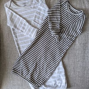 2 striped sleepgowns